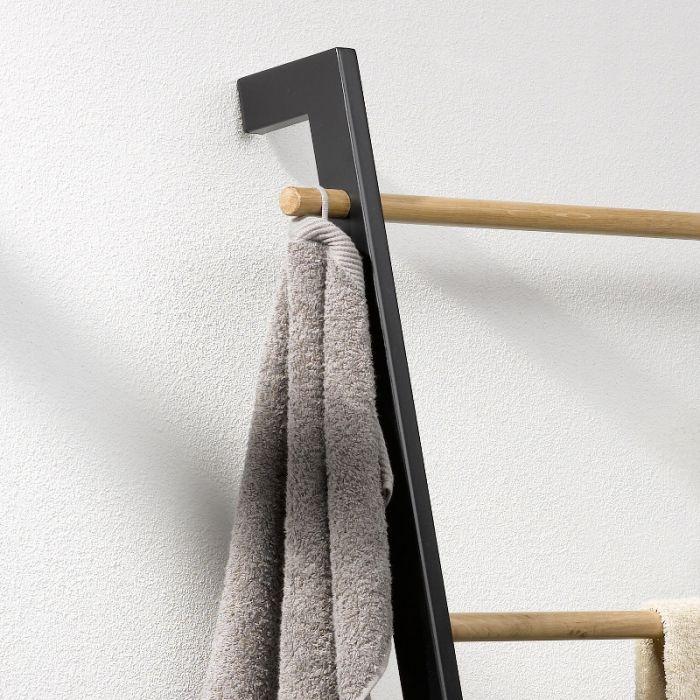 Mat Zwarte Handdoekladder Van Metaal Badkamermooimakers Nl